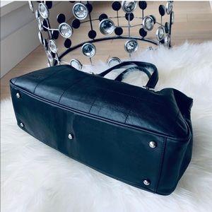 🔴 Auth Chanel Bowler Handbag in Lamb 🔴
